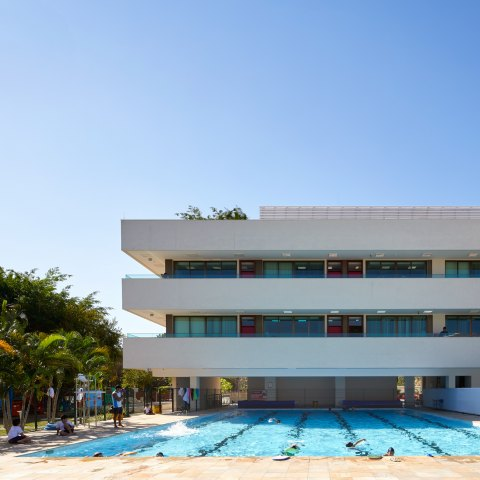 John McAslan + Partners. The British School, Rio.