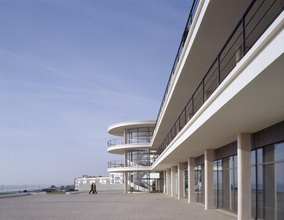 John McAslan + Partners. De La Warr Pavilion.External View.