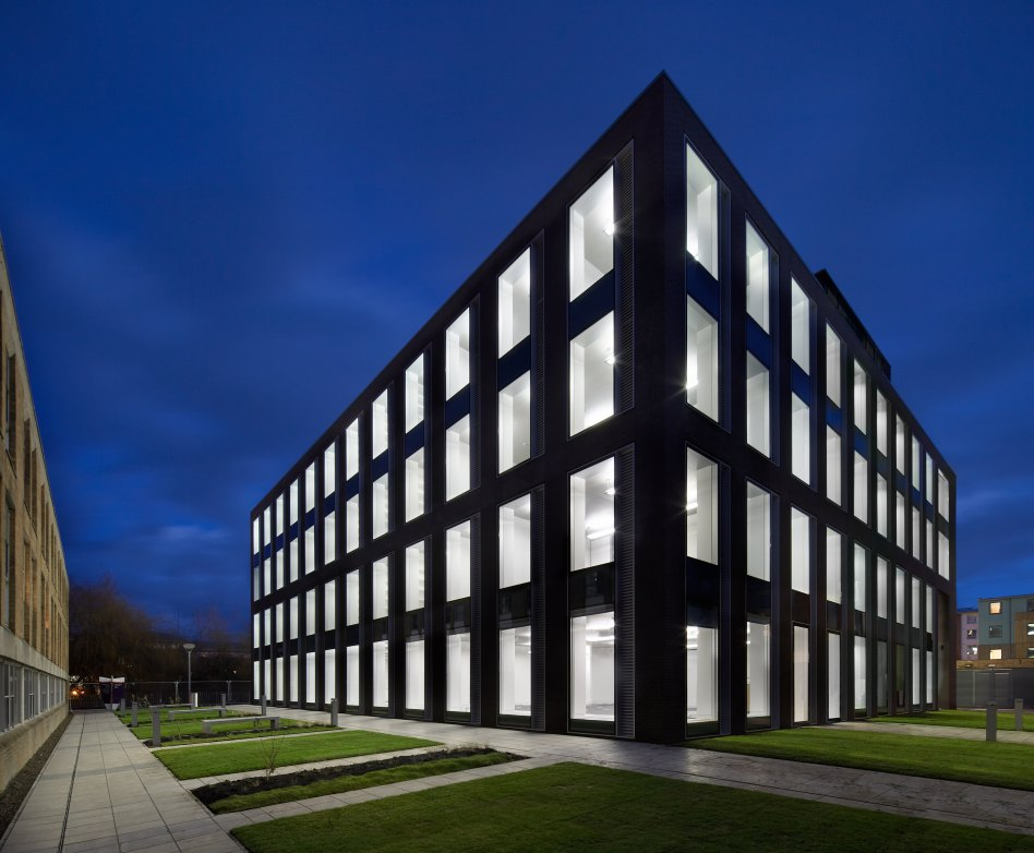John McAslan + Partners. Lancaster University. Charles Carter Building. Night View.