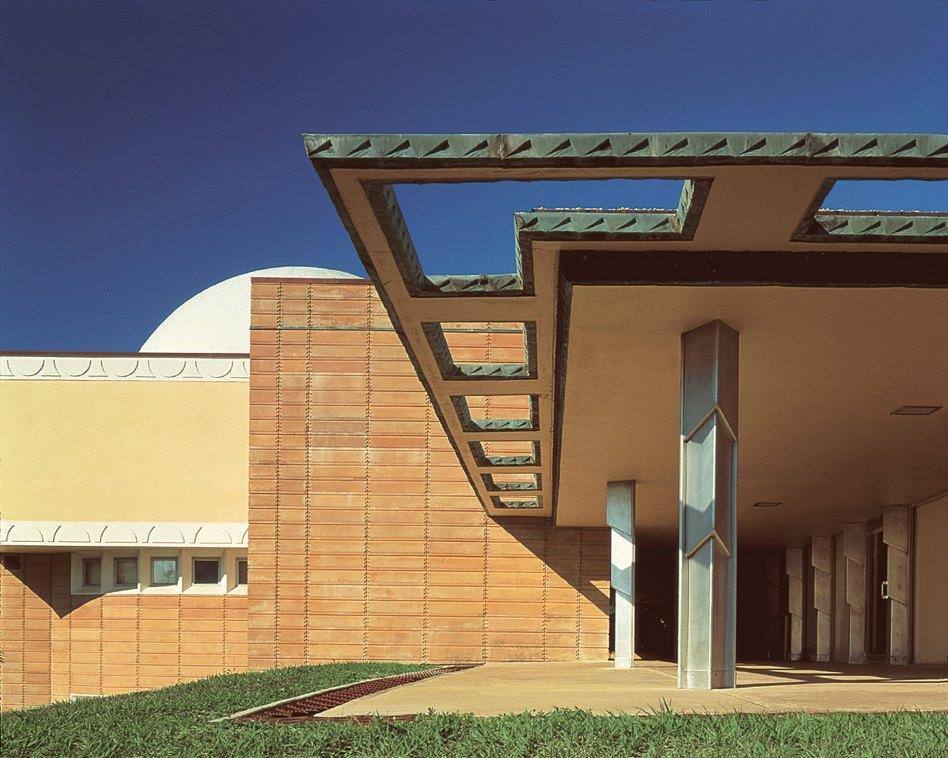 John McAslan + Partners. Florida Southern College. Polk County Science Building. Exterior.